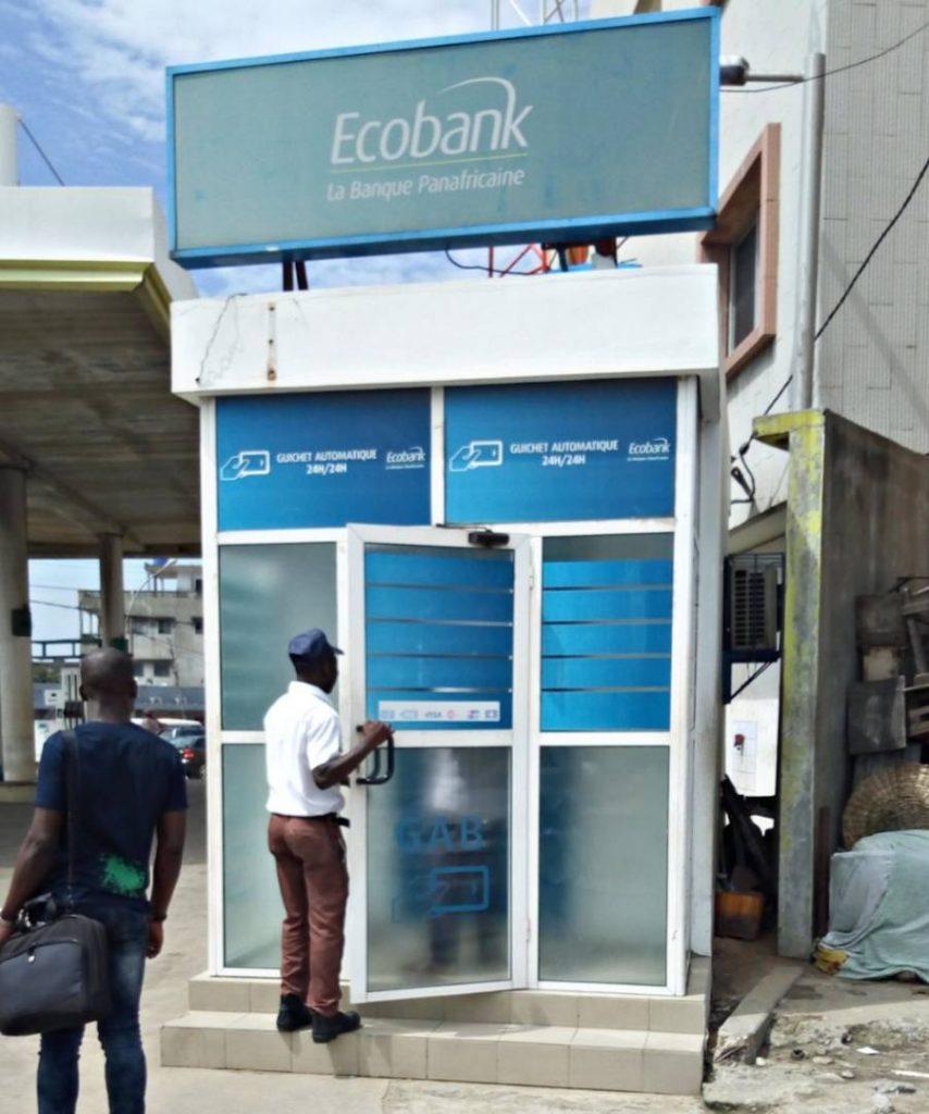 Ouvrir un compte bancaire au Bénin - Visiter-le-benin.com ©
